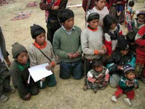 Children in Valle Sagrado